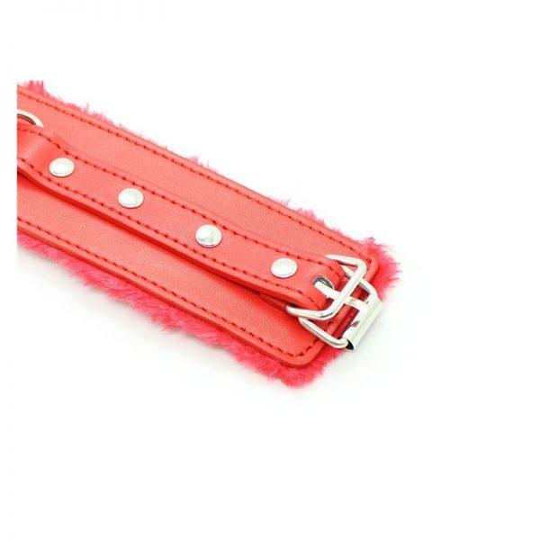 esposas-cuero-sintetico-forradas-con-pelo-roja 5